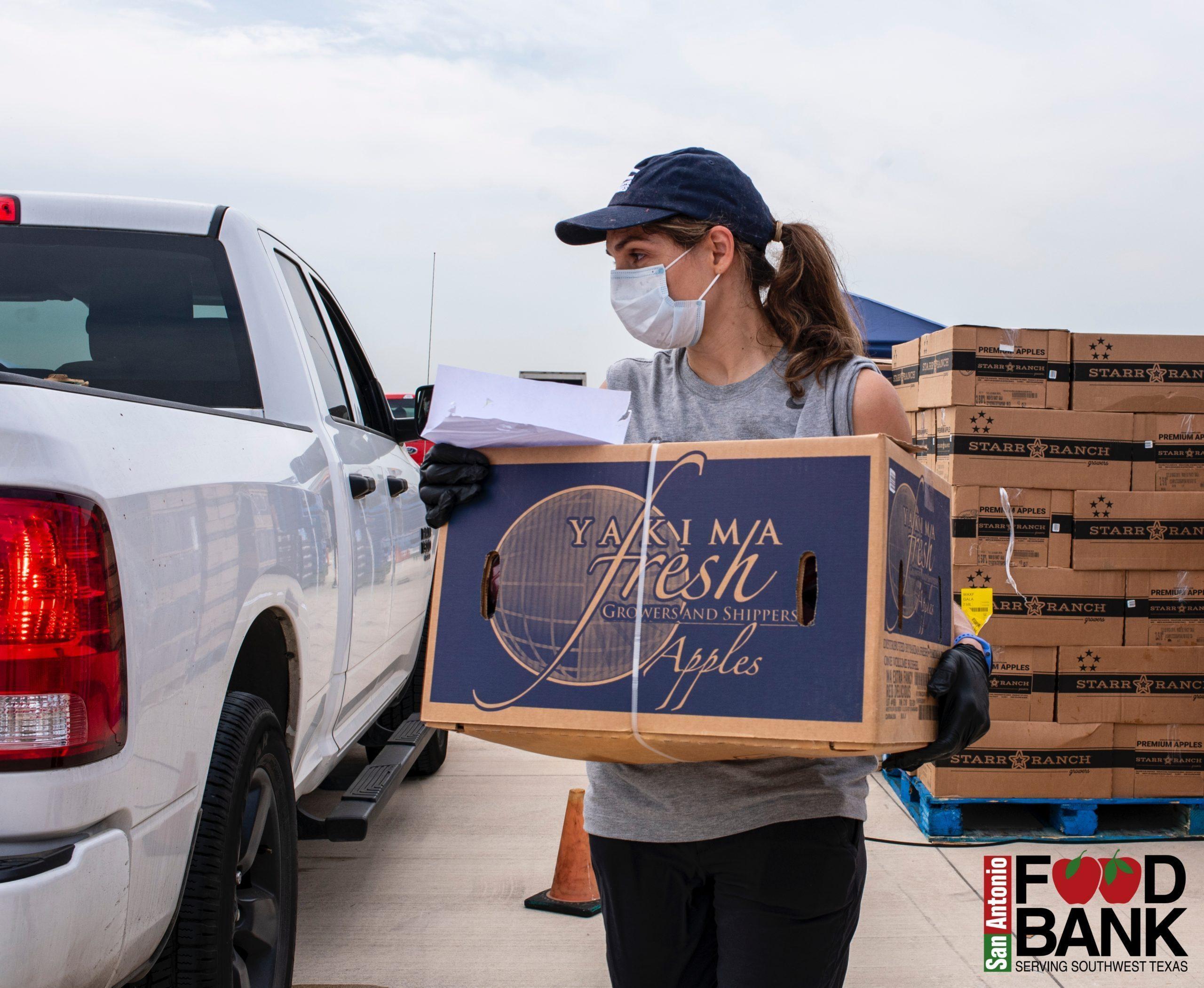 Feed Families amid Coronavirus Eric Cooper directs the San Antonio Food Bank to Help